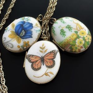 🇮🇹 Rare Guilloche Enamel - Locket Gold Necklace